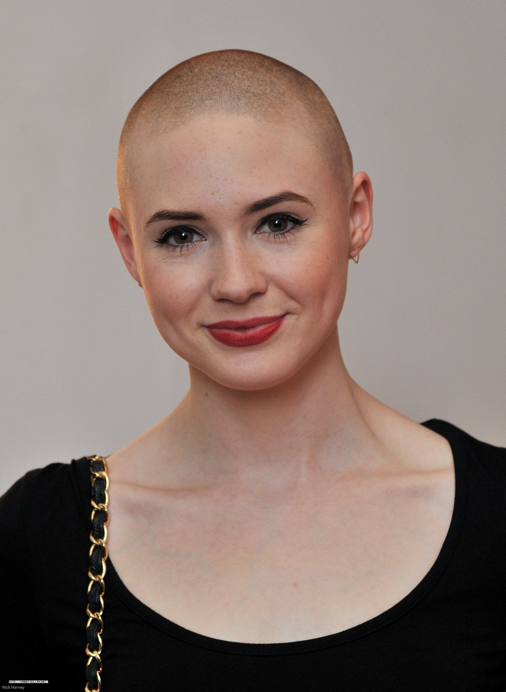 Bald hairstyle for women
